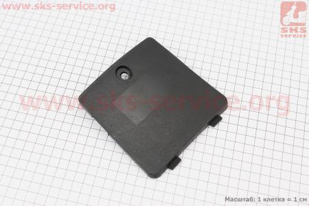 пластик - крышка моторного отсека для китайских скутеров GRAND PRIX (Viper)