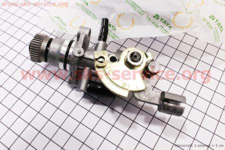 Насос масляный для китайских скутеров двигатель 2-T ременной вариатор